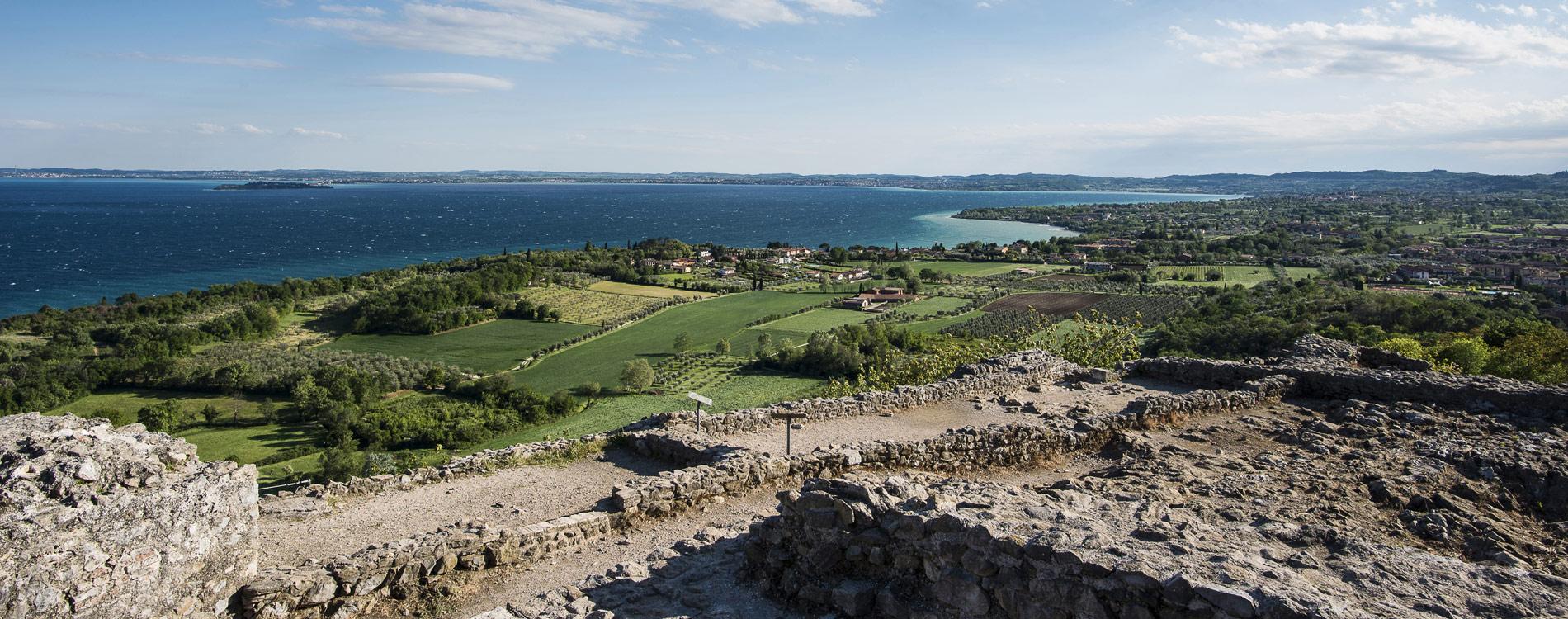 Manerba Sul Lago Di Garda