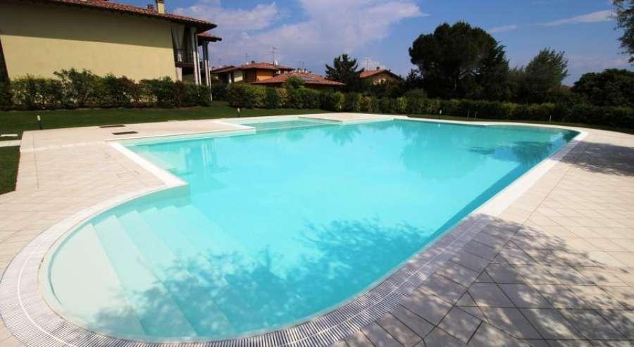 Residence con piscina borgo san michele moniga gardasee - Residence a san candido con piscina ...