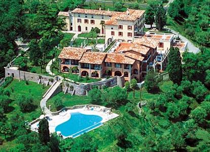 Castello belvedere desenzano gardasee - Residence marzamemi con piscina ...