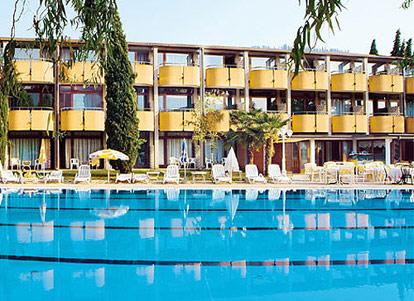 Hotel Royal Suite In Garda