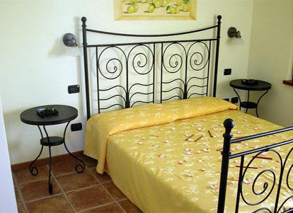 Il giardino degli ulivi lazise gardasee for Il giardino degli ulivi monteviale