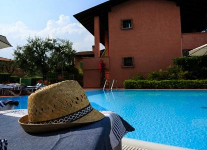Bella Sirmione Holiday Apartments