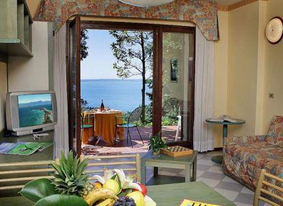 Principe di lazise wellness hotel spa lazise gardasee for Manerba spa