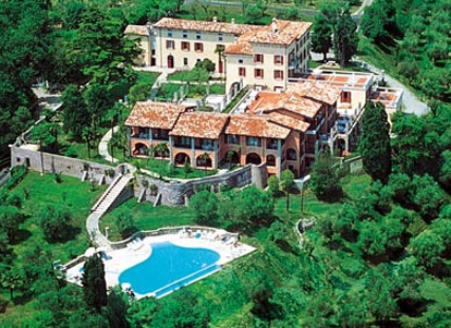 Residence With Garden Park At Lake Garda