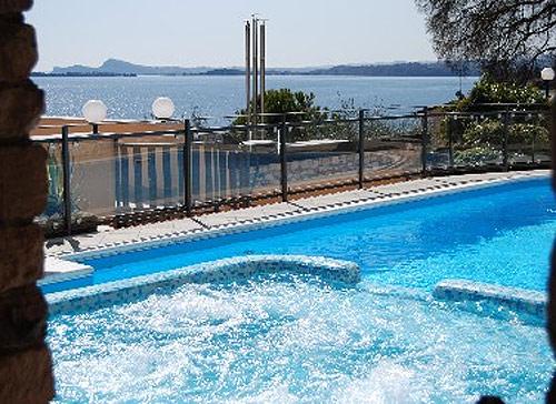 Hotel a toscolano lago di garda for Hotel bel soggiorno