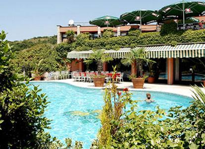 Golf hotel c degli ulivi garda lago di garda - Hotel lago garda piscina coperta ...