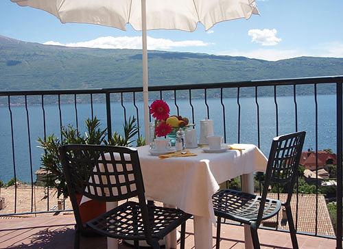 Hotel europa gargnano lago di garda - Hotel lago di garda con piscina ...