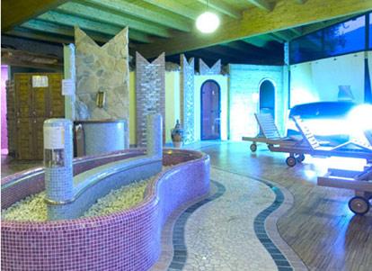 Centro vacanze la limonaia limone lago di garda - Hotel con piscina coperta riva del garda ...