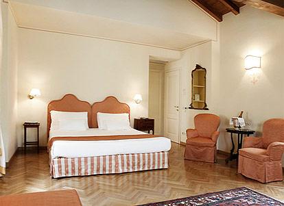 la vittoria boutique hotel garda gardasee. Black Bedroom Furniture Sets. Home Design Ideas
