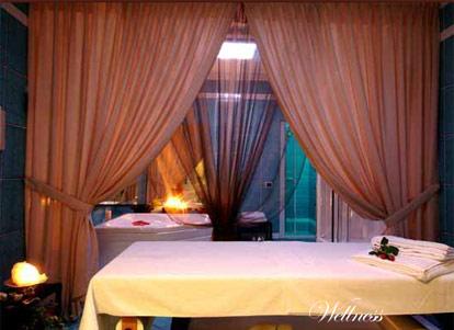 Hotel villa del sogno gardone lago di garda for Hotel villa del lago
